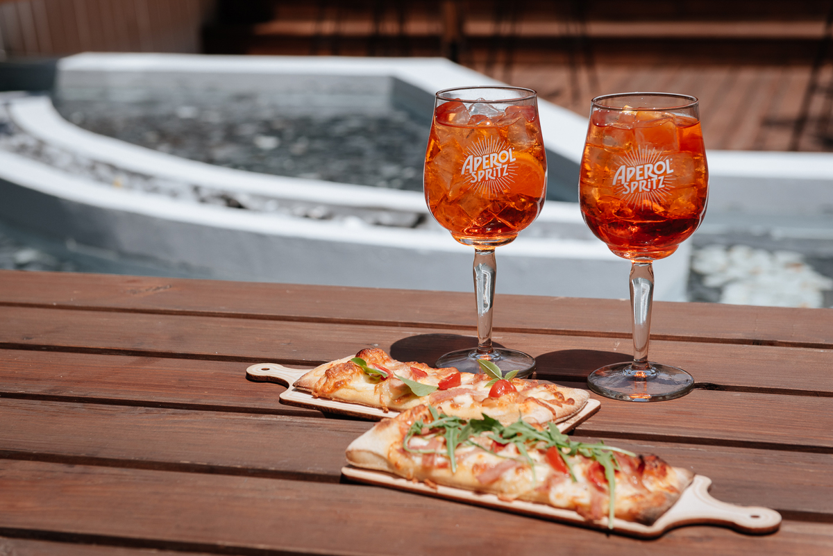 Aperol Spritz & Pizza Time